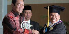 Wali Kota Semarang Raih Penghargaan Upakarti Prabaswara Mandala