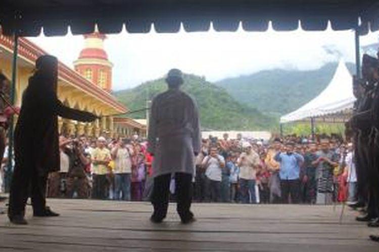 Ilustrasi: Enam pelanggar Qanun Syariat Islam di Kabupaten Aceh  Barat, Provinsi Aceh, gagal dieksekusi hukuman cambuk oleh Kejaksaan Negeri (Kejari) Meulaboh. Mereka seharusnya menjalani hukuman cambuk pada akhir 2013 ini.