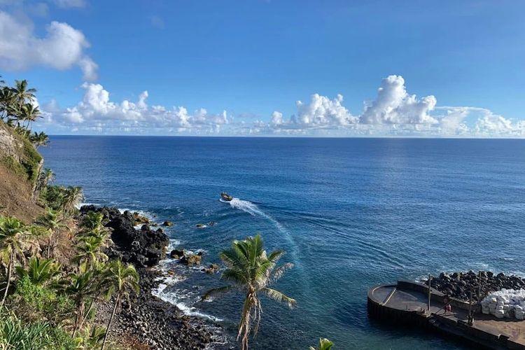 Dibutuhkan empat hari dengan perahu cepat untuk mencapai tetangga terdekat Pulau Pitcairn, Tahiti.
