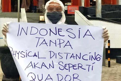 Pakai APD, Pria di Pasuruan Aksi Tunggal Memprotes Ramainya Mal di Tengah Wabah Covid-19