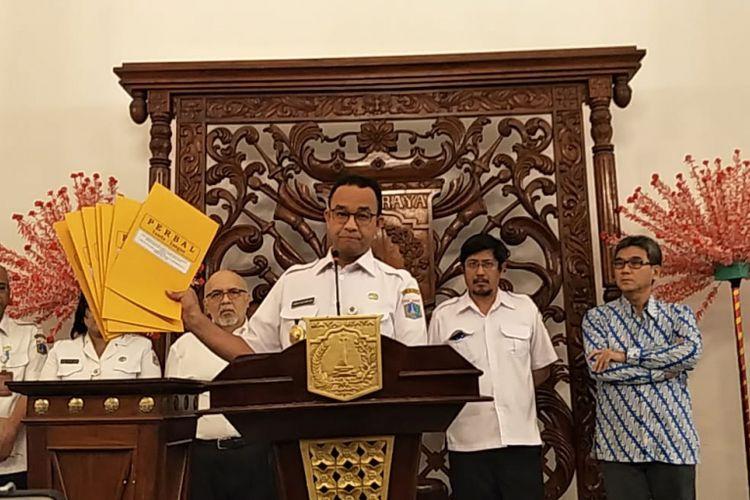 Gubernur DKI Jakarta Anies Baswedan saat konferensi pers pengentian proyek reklamasi Teluk Jakarta di Balai Kota DKI Jakarta, Jalan Medan Merdeka Selatan, Rabu (26/9/2018).