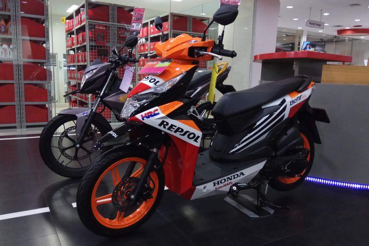 Skutik Honda Beat goresan Painting Shop Astra Motor di Jalan Dewi Sartika, Jakarta Timur.