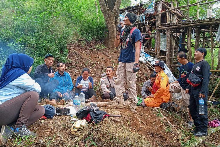 Tiga peziarah di Sendang Suroloyo Gunung Ungaran ditemukan dalam keadaan linglung.