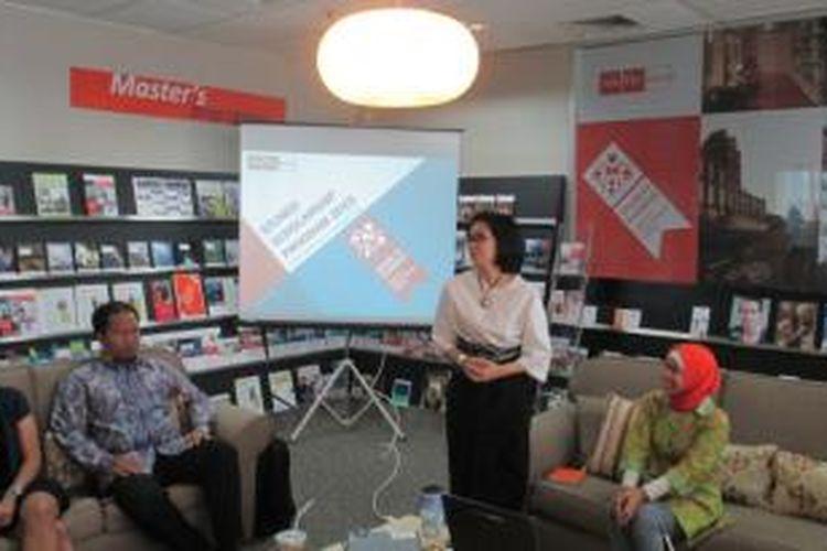 Indy Hardono, Koordinator Tim Beasiswa StuNed di Nuffic Neso Indonesia, pada jumpa pers di Jakarta, Jumat (10/10/2014).