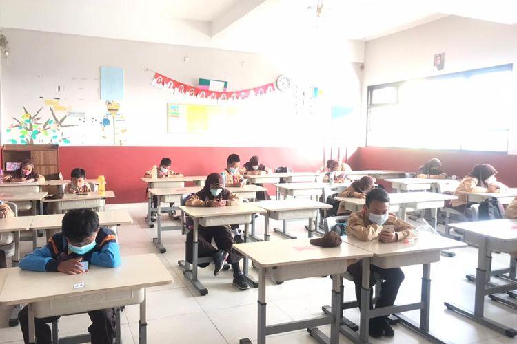SDN Pademangan Barat 11 Jalani Pembelajaran Tatap Muka, Rabu (9/6/2021).