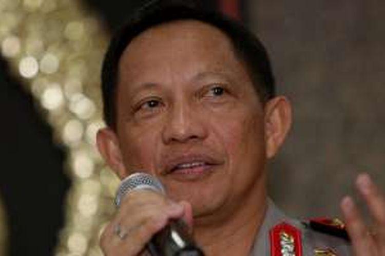 Kapolri Jenderal Polisi Tito Karnavian memberikan keterangan pers usai Rapat Koordinasi di Mabes Polri, Kebayoran Baru, Jakarta Selatan, Senin (8/8/2016). Rapat Koordinasi membahas masalah ekonomi terkait kartel pangan, penyelundupan dan investasi.