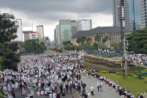 Massa Aksi 313 Dilarang Berorasi di Depan Istana Merdeka