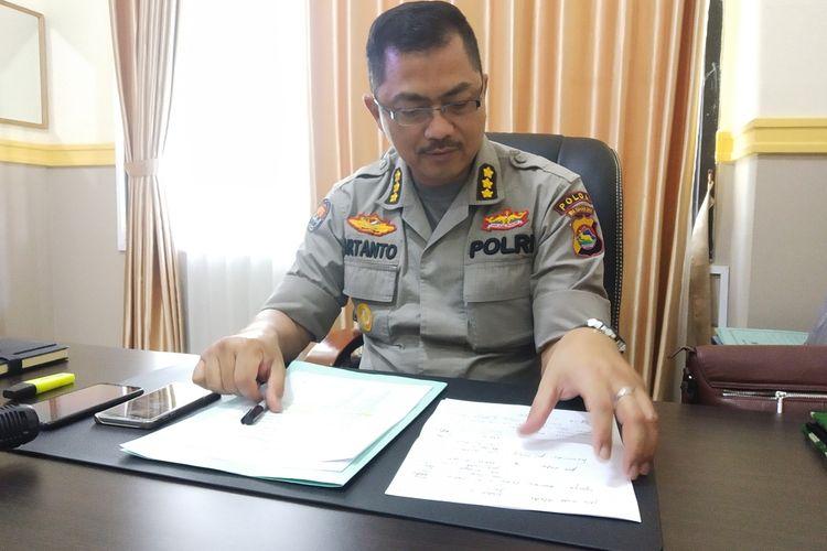 Kabid Humas Polda NTB Kombes Pol Artanto ditemui di kantornya.