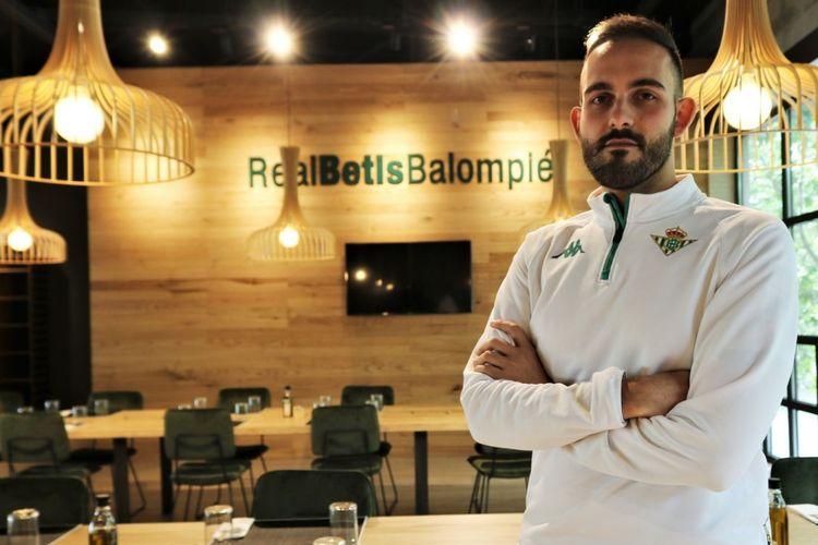 Giuseppe Ricciardi, ahli nutrisi klub Liga Spanyol, Real Betis.