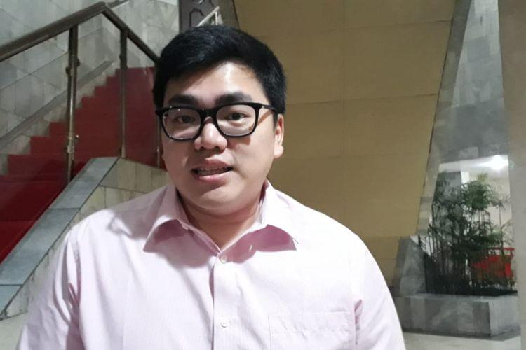 Anggota Komisi C DPRD DKI Jakarta dari Fraksi Partai Solidaritas Indonesia (PSI) Anthony Winza Probowo di Gedung DPRD DKI Jakarta, Jalan Kebon Sirih, Jumat (6/12/2019).