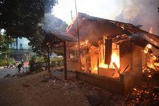 Perbaikan Pos Polisi yang Dibakar Massa Menunggu Jakarta Kondusif