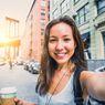 Memposting Selfie di Instagram Membuat Lebih Bahagia?