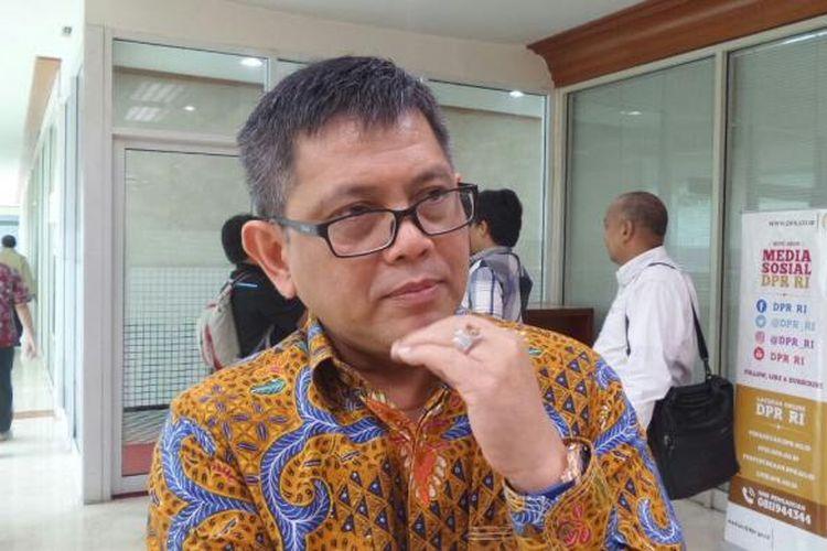Anggota Komisi III dari Fraksi Partai Nasdem, Taufiqulhadi di Kompleks Parlemen, Senayan, Jakarta, Senin (30/1/2017).