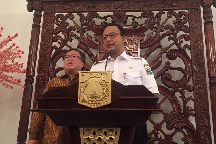 Kepala Bappenas Bambang Brodjonegorodan Gubernur DKI Jakarta Anies Baswedan di Balai Kota DKI Jakarta, Rabu (10/4/2019).