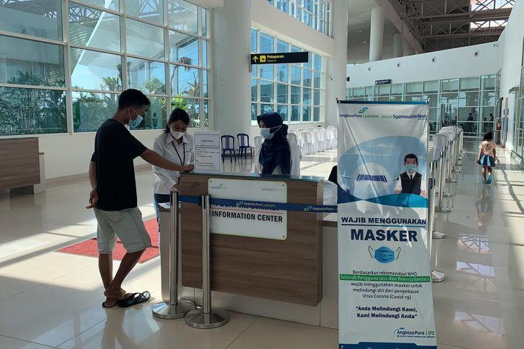 Suasana di terminal keberangkatan Bandara Syamsudin Banjarmasin di Banjarbaru sepi penumpang setelah ditetapkannya aturan baru perjalanan udara, Selasa (6/7/2021).