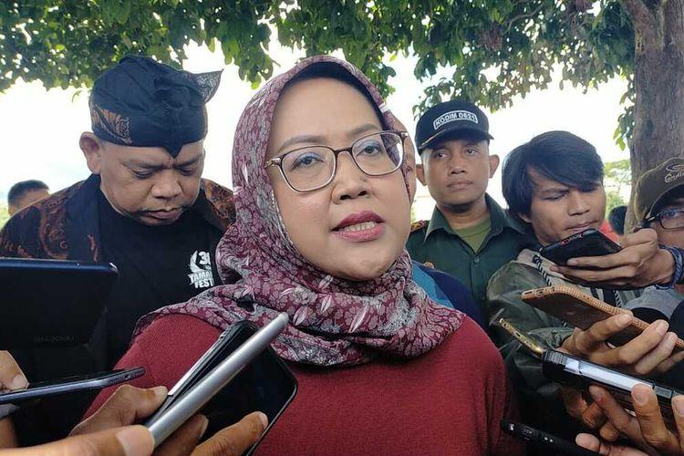 Bupati Bogor Ade Yasin saat ditemui usai bebersih danau di Setu Tamansari, Desa Tamansari, Kecamatan Tamansari, Kabupaten Bogor, Jawa Barat, Jumat (6/3/2020).
