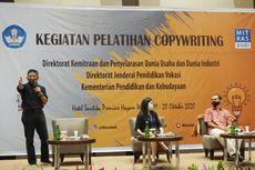 Mitras Dudi Adakan Pelatihan Penulisan Branding di Hotel Santika