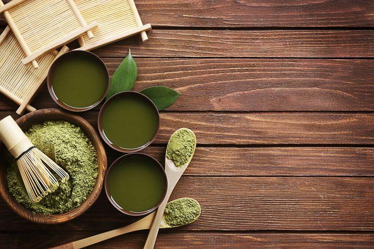 Manfaat teh hijau sangatlah beragam bagi kesehatan, begitu pula untuk kulit. Memperoleh manfaat teh hijau untuk wajah dan kulit yang sehat dapat dilakukan dengan menjadikannya masker.
