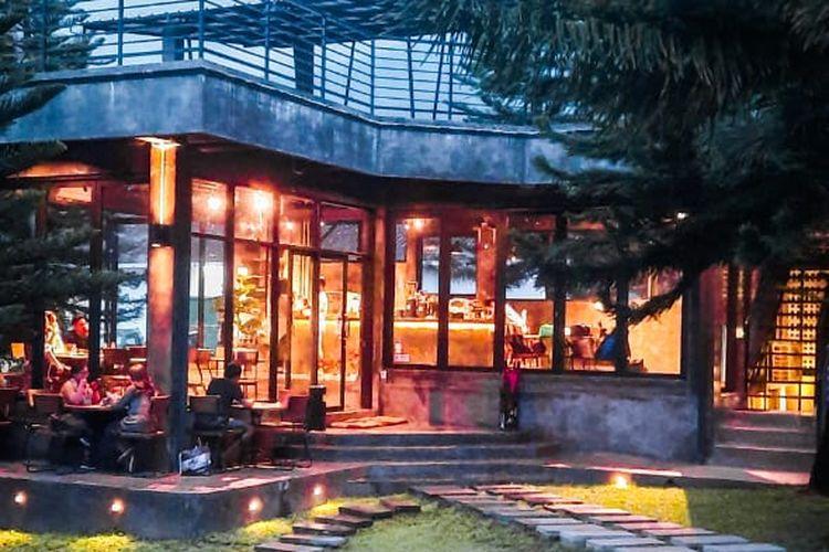 Kafe Soekapi yang ada di area Soekapi Camp