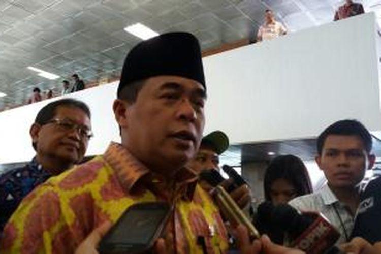 Wakil Ketua Umum Partai Golkar versi Munas Bali, Ade Komarudin saat ditemui di Kompleks Parlemen, Senayan, Rabu (28/10/2015)