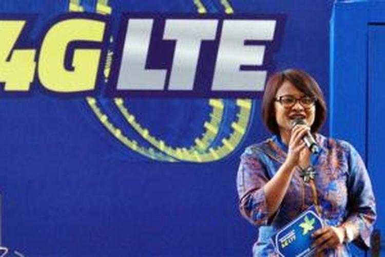 CEO XL Axiata Dian Siswarini saat berbicara dalam acara peluncuran layanan 4G LTE di Jakarta, Jumat (19/12/2014).