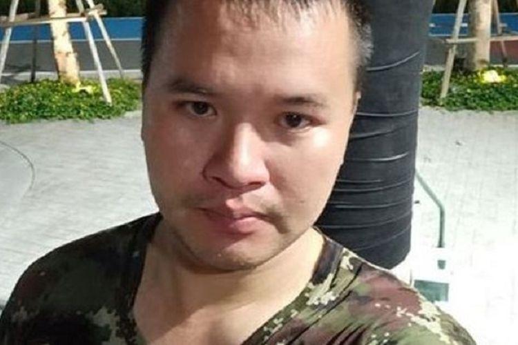 Sersan Mayor Jakraphanth Thomma, <a href='https://jakarta.tribunnews.com/tag/tentara-thailand' title='tentaraThailand'>tentaraThailand</a> yang melakukan penembakan massal di Nakhon Ratchasima, dengan 12 orang dilaporkan tewas pada Sabtu (8/2/2020).