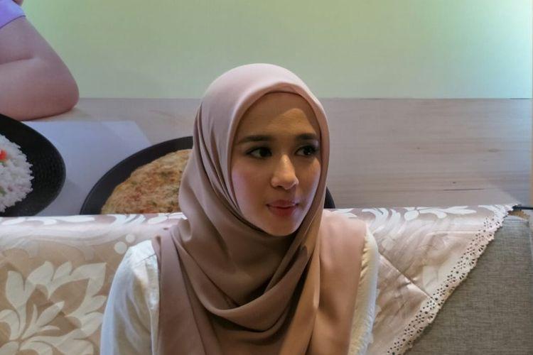 Artis peran Laudya Cynthia Bella dalam jumpa pers di kawasan Kebayoran Baru, Jakarta Selatan, Rabu (24/7/2019).
