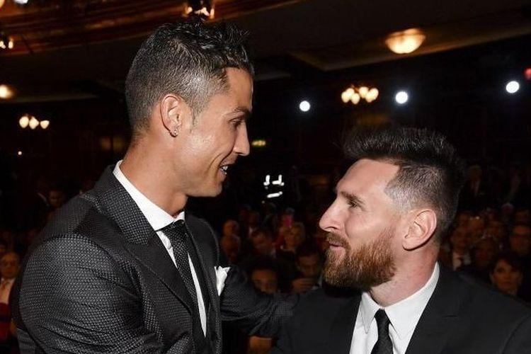Cristiano Ronaldo dan Lionel Messi pada acara penganugeraan FIFA Ballon dOr beberapa waktu lalu, Selasa (7/5/2019)