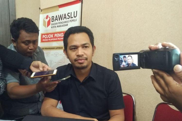 Ketua Bawaslu Makassar Nursari saat diwawancara beberapa waktu lalu.