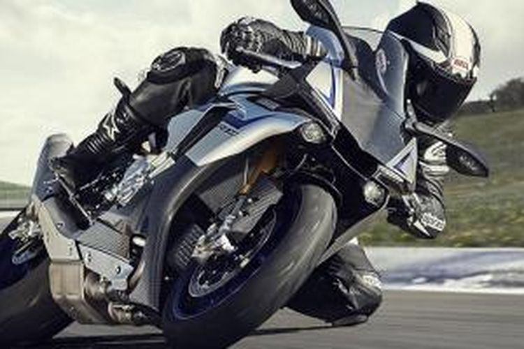 Yamaha YZF-R1M, lebih galak ketimbang R1 standar.