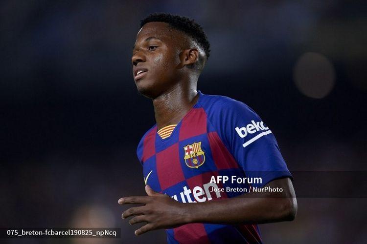 Ansu Fati, pemain muda Barcelona menjalani debutnya saat melawan Real Betis di Camp Nou, Senin (26/8/2019) dinihari WIB