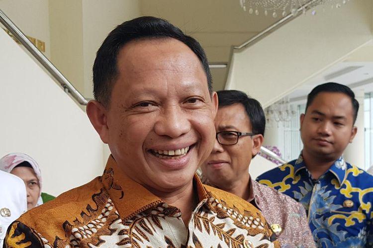 Mendagri Tito Karnavian usai bertemu Wapres RI Maruf Amin di Kantor Wapres RI, Jalan Medan Merdeka Utara, Jakarta Pusat, Rabu (5/2/2020).