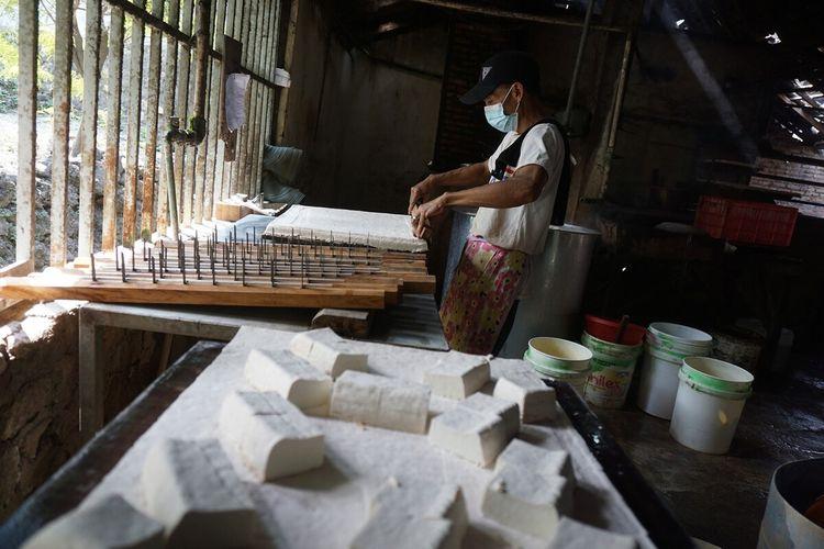 Pembuatan Tahu di Kapanewon Wonosari, Gunungkidul