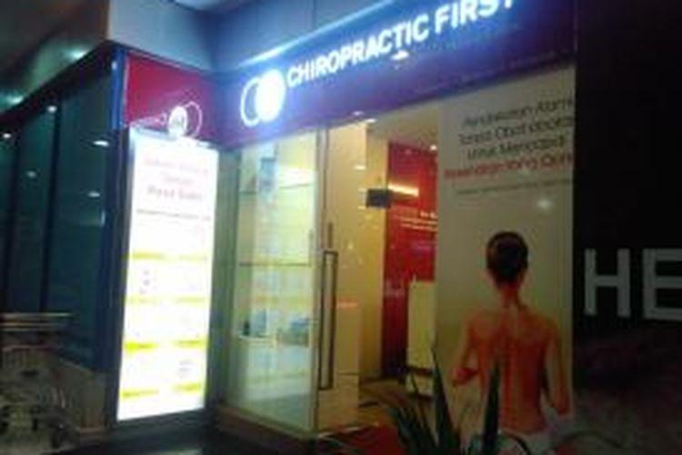 Klinik Chiropractic First di Pondok Indah Mall, Jakarta Selatan.