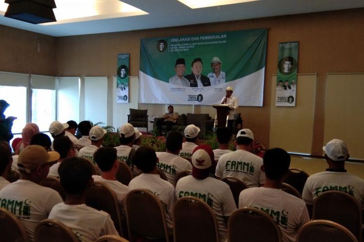 Dewan Pengarah TKD Karawang Ahmad Zamaksyari saat menghadiri deklarasi Forum Alumni Muda Mahasiswa Islam (FAMMI) untuk Jokowi se-Pantura Raya di Akhshaya Hotel, Karawang, Jawa Barat, Minggu (24/2/2019).