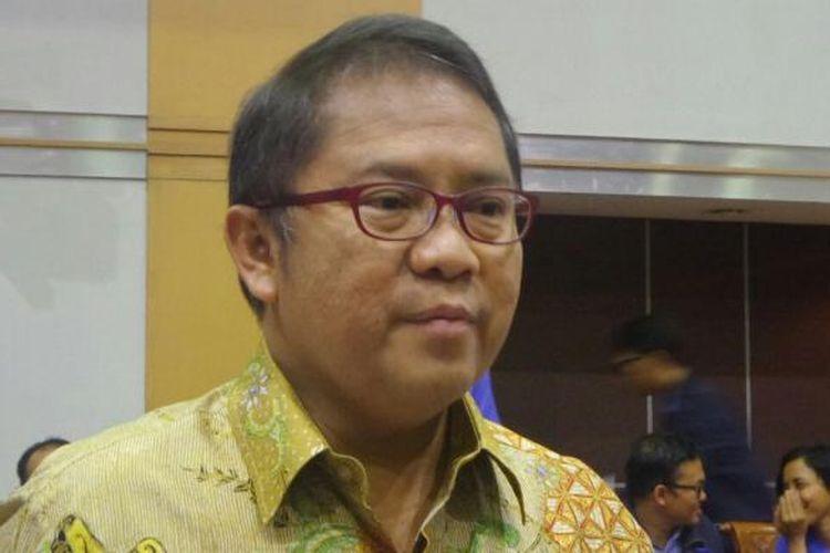 Menteri Komunikasi dan Informatika, Rudiantara di Kompleks Parlemen, Senayan, Jakarta, Rabu (1/2/2017).