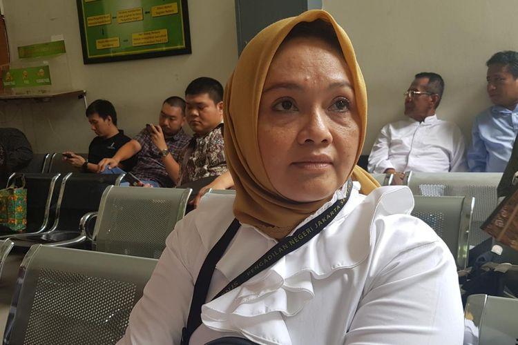 Misriyani Ilyas saat akan menjalani sidang perdananya di PN Jakarta Selatan, Kamis (31/10/2019).