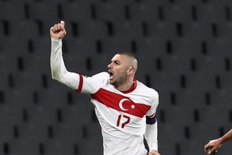 ISTANBUL, TURKEY - MARCH 24: Burak Yilmaz (17) of Turkey celebrates after scoring a goal during the 2022 FIFA World Cup Europe Qualification Group G match between Turkey and Netherlands, at Ataturk Olympic Stadium in Istanbul, Turkey on March 24, 2021. Onur Coban / Anadolu Agency (Photo by ONUR COBAN / ANADOLU AGENCY / Anadolu Agency via AFP)