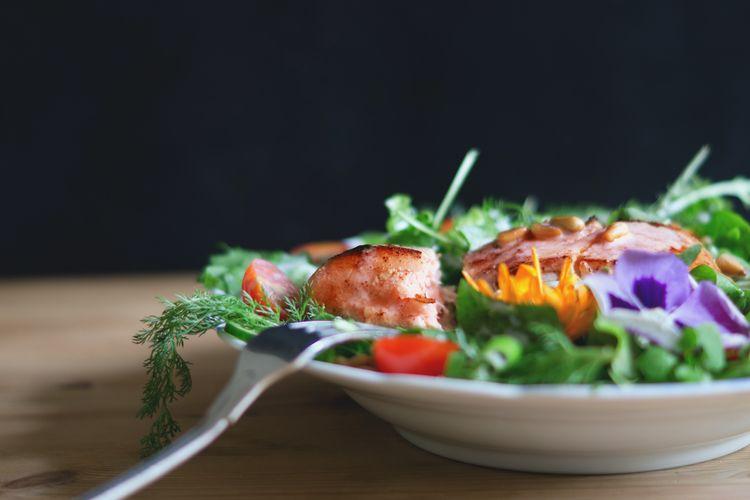 Ilustrasi salad sayur