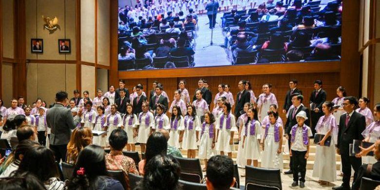 Unit Kegiatan Mahasiswa (UKM) Paduan Suara Mahasiswa Universitas Katolik Parahyangan (PSM Unpar) menggelar konser amal pertama bertajuk Appassionatale. Konser sesi pertama diselenggarakan di Bumi Silih Asih Keuskupan Bandung pada Jumat (13/12/2019) dan dua sesi konser lain di Balai Resital Kertanegara Jakarta pada Minggu (15/12/2019).