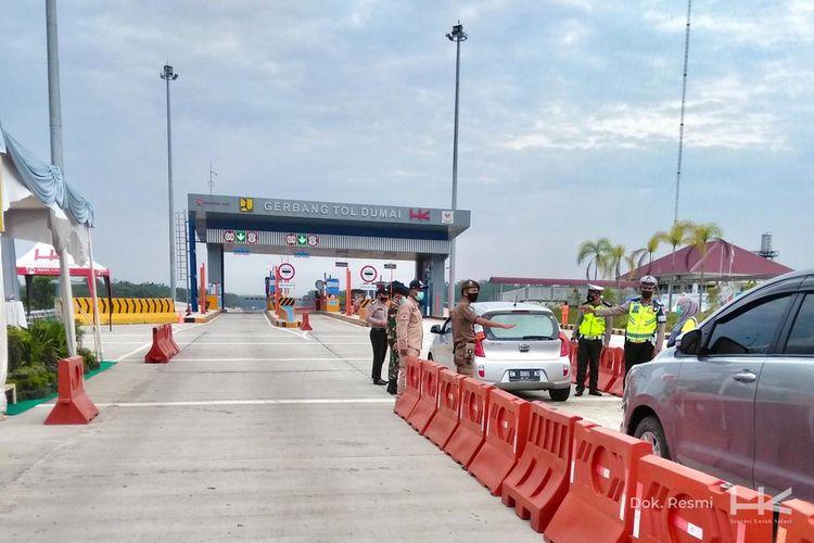 Jalan Tol Trans-Sumatera (JTTS) dilintasi 899.639 kendaraan selama periode larangan mudik Lebaran 2021 sejak 16 Mei hingga 17 Mei 2021.