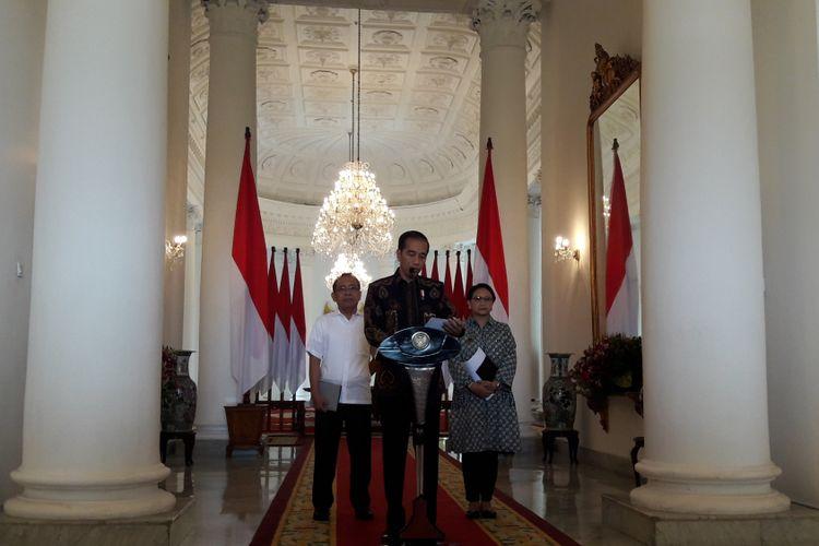 Presiden Joko Widodo saat konferensi pers di Ruang Teratai, Istana Presiden, Bogor, Selasa (12/6/2018, mengenai terpilihnya Indonesia sebagai Anggota Tidak Tetap Dewan Keamanan PBB.