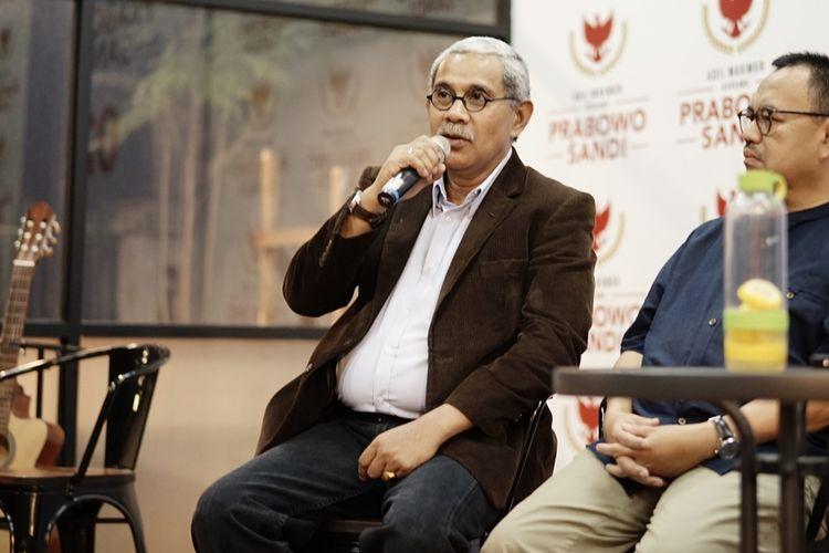Anggota tim kuasa hukum  pasangan Prabowo Subianto-Sandiaga Uno, Nicholay Aprilindo, dalam sebuah diskusi di media center pasangan Prabowo-Sandiaga, Jalan Sriwijaya, Jakarta Selatan, Rabu (29/5/2019).
