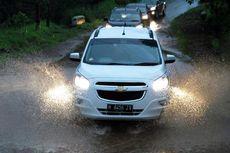 Kenapa Mobil Diesel Kerap Lebih Kuat Terjang Banjir?