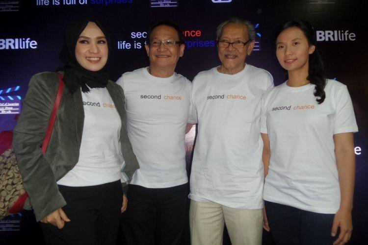 Livi Zheng dan para aktor senior Indonesia dalam konferensi pers dua film pendek terbaru Livi di Nam Hotel, Kemayoran, Jakarta Pusat, Rabu (13/9/2017).