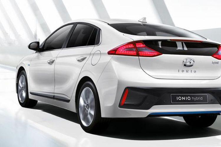 Mobil Listrik Hyundai Ioniq Menjelajah 373 Km Ketika Baterai Penuh