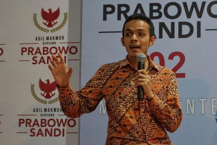 Gamal Albinsaid saat menjadi Juru Bicara Badan Pemenangan Nasional pasangan Prabowo Subianto-Sandiaga Uno,di media center BPN Prabowo-Sandiaga, Jalan Sriwijaya, Jakarta Selatan, Rabu (10/10/2018).