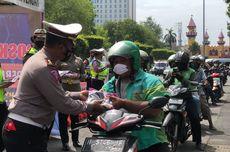 Operasi Patuh Candi di Semarang, Polisi Bagikan Bansos untuk Warga Terdampak Pandemi