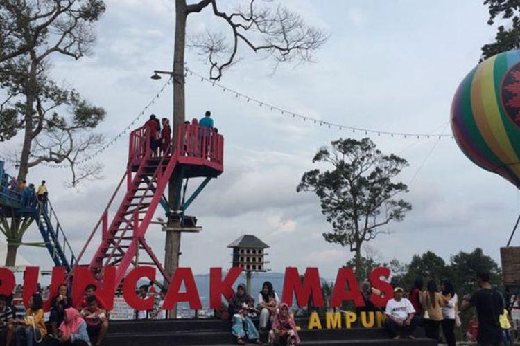 Puncak Mas di Lampung.