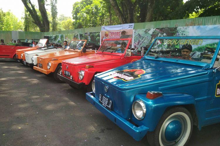 Pengelola Candi Borobudur di Magelang, Jawa Tengah, mulai November 2017 menyediakan mobil VW untuk wisatawan yang ingin berkeliling di kawasan Borobudur.